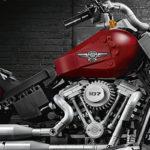 LEGO et Harley-Davidson s'associent pour sortir la moto Fat Boy !