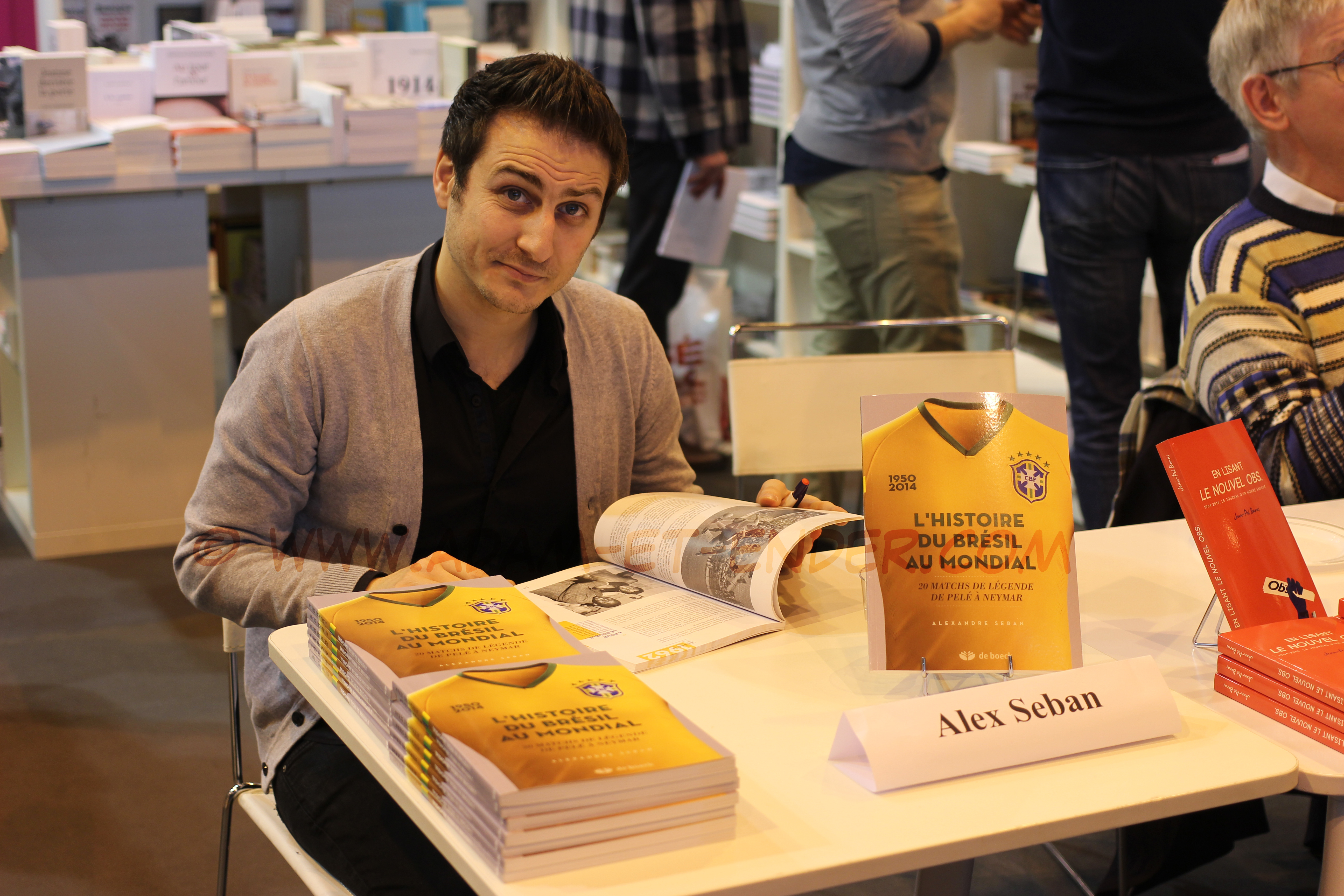 Alexandre Seban en dédicace au Salon du Livre de Paris 2015